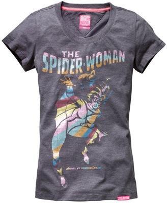 Superhéroes en las camisetas de Hilfiger Denim
