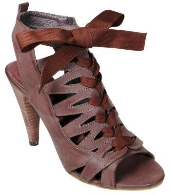 Sandalias de Latinas para el verano 2010