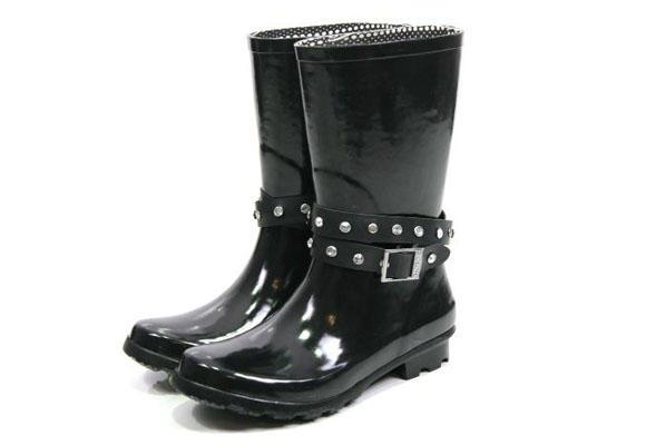 botas de agua estilo motero