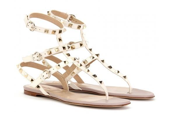 Sandalias planas, must have del verano