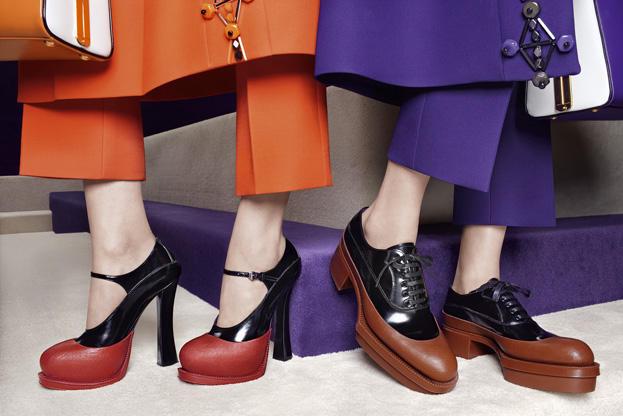 Exagerando tendencias en calzado by Prada