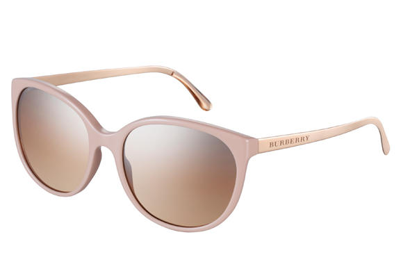 93cc9ae75c Gafas de sol de Burberry - Tendencias - TopEstilo.com